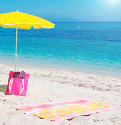 4 Ways to Make Company Beach Towels Stand Out