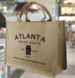 Why Should Your Customers Use Reusable Shopping Bags?